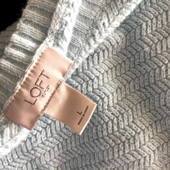 Ann Taylor Loft Crew Neck Sweater | Large